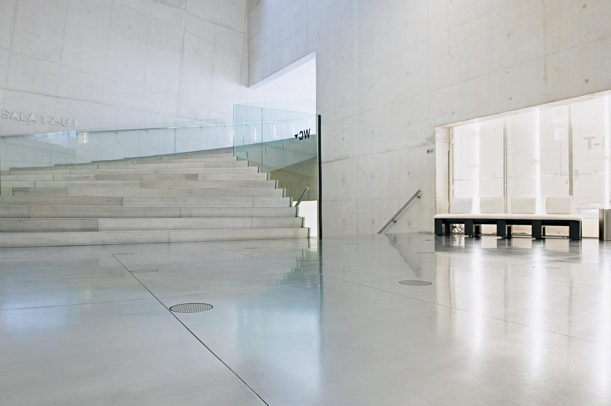 Portugal, Porto, Innenansicht der Musikhalle Casa da Musica