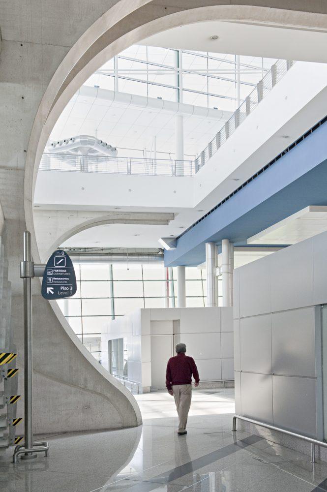 Portugal, Porto, der Flughafen, moderne Architektur