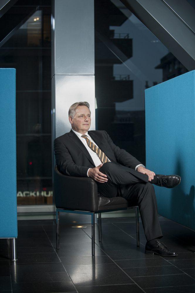 Klaus John, Geschäftsführer der Zeus Vermittlungsgesellschaft mbH // CASH