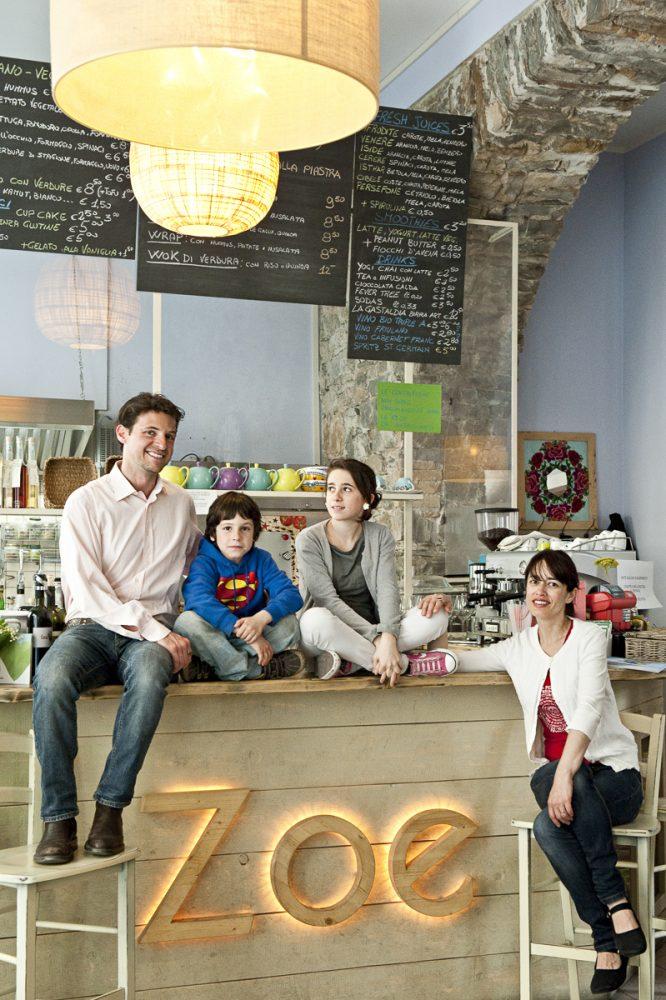 Familie Fiori in ihrem Restaurant Zoe in Triest, Italien // GEO Saison